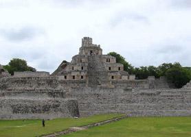 campeche archaeological ruins la gran acropolis